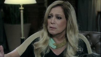 Pilar pede para César dar mais um tempo para Félix reatar com Edith - O vilão teme ser demitido do hospital. Paloma não se conforma com as condições impostas pelo pai para manter o emprego de Félix. César pede para conversar com os filhos