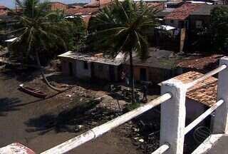 Três presos escapam da polícia sergipana durante banho de sol - Nesta quarta-feira (7) três presos fugiram de uma delegacia localizada em Nossa Senhora do Socorro, a 13 km da capital, durante banho de sol.