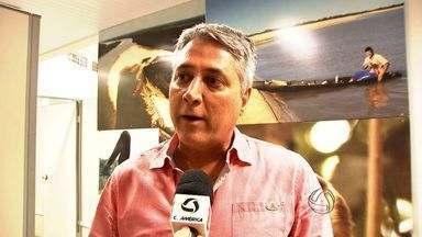 Ex-secretário de Meio Ambiente é preso por desmatamento em MT - O ex-secretário de Meio Ambiente do Estado, Moacir Pires, foi detido nessa quarta-feira em Cuiabá por suspeita de desmatamento ilegal em área urbana.