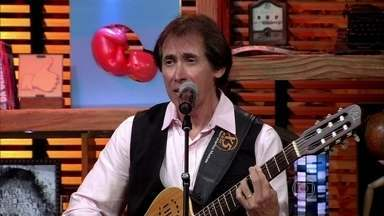 Odair José relembra sucesso 'Para de tomar a pílula' - Apresentador fala sobre o alvoroço da canção em 1971