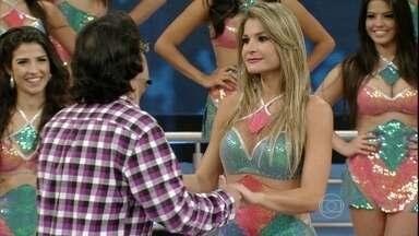 Lucio Mauro Filho agita o Saco de Risadas - parte 02 - Ator conta histórias inusitadas no palco do Domingão
