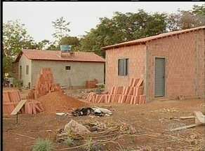 Prefeitura anuncia que vai demolir 18 casas que estariam irregulares no Setor Santo Amaro - Prefeitura anunciou que vai demolir 18 casas que estariam irregulares no Setor Santo Amaro