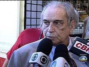 Morre o advogado Alcione Barreto - O criminalista e baluarte da Estação Primeira de Mangueira morreu nesta segunda (19), de parada cardíaca. Alcione defendeu presos políticos e jornalistas na ditadura e trabalhou pela liberdade de expressão.