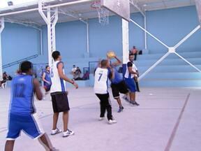 Espaço na Brasilândia reabre com apoio do Criança Esperança - Para comemorar a reinauguração, crianças e jovens participaram de campeonatos em várias modalidades esportivas, como futebol e vôlei.