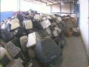 Empresa recolhe lixo eletrônico e dá destino correto - Reciclagem evita contaminação do meio ambiente.