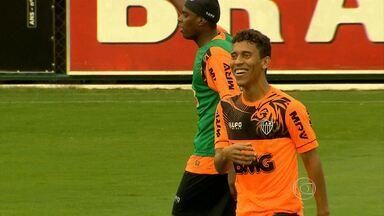 Marcos Rocha comemora retorno à Seleção Brasileira - Com o corte do lateral Daniel Alves, jogador do Galo é lembrado por Felipão para defender o Brasil nos amistosos contra Austrália e Portugal.