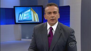 Ariano Suassuna recebe alta de hospital no Recife - Escritor estava internado desde terça-feira da semana passada, depois de passar mal. Foi diagnosticado um aneurisma cerebral. Médicos recomendaram repouso e suspensão das visitas.