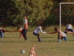 Piauí intensifica treino de finalização na semana de estreia da Copa Piauí - Com aproveitamento considerado aquém contra a Seleção de Água Branca, treinos no CT do Enxuga Rato são concentrados no setor ofensivo do time