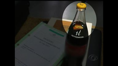 Ministério Público vai investigar caso de confeito encontrado em Coca-Cola - Consumidor denunciou nas redes sociais.