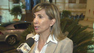 TER anula cassação de prefeita e vice de Ribeirão Preto - Fotos não comprovavam que funcionários estavam em expediente durante campanha, segundo juíza.