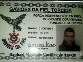 Corintiano preso na Bolívia é baleado em troca de tiros com a polícia na BA - Segundo a Polícia Militar, ele tentou fugir de uma blitz quando estava em uma moto roubada. Rafael Machado Castilho de Araújo, de 19 anos, foi atingido no braço e no peito. Ele está internado em estado grave.