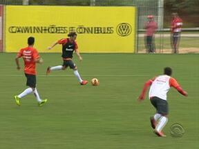 Internacional recebe a Portuguesa neste domingo no Estádio do Vale - Vitória é o único caminho possível para o G-4.