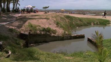 Mau cheiro das 'Línguas Sujas' da orla de Maceió incomodam turistas e comerciantes - Alagoas só trata 15% do esgoto, o restou vai para a natureza.