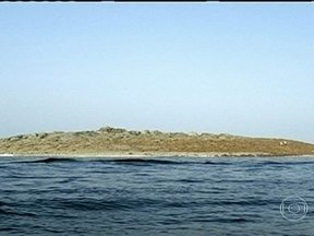 Ilha surge no Paquistão após terremoto - O tremor devastou a região do Baluquistão, a mais pobre do país. Diante do porto de Gwadar, surgiu uma ilha após o terremoto, com cerca de cem metros de comprimento.