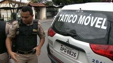 Três são detidos por suspeita de roubo de veículos em Belo Horizonte - Segundo a polícia, entre os suspeitos estavam dois adolescentes.