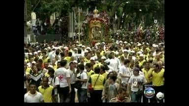 Círio de Nazaré completa 221 anos - Tradição religiosa de Belém atrai milhares de fiéis todos os anos
