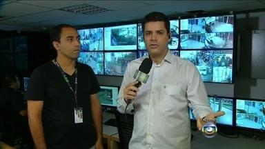 Lair Rennó fala direto da Central da Rede Globo - Câmeras funcionam como 'Big Brother' interno