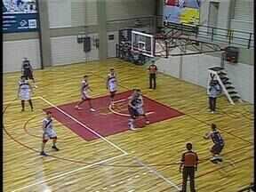 Santa Cruz vence a Sogipa em Porto Alegre pelo Campeonato Gaúcho de basquete - Visitantes ocupam a vice-liderança da competição.