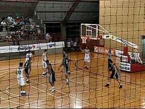 Uberlândia vence Ginástico pelo Campeonato Mineiro de Basquete - Ala Audrei e armador Carioca foram os destaques do jogo