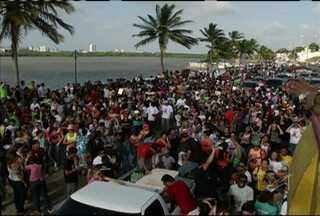 Evangélicos realizaram neste sábado, em São Luís, a Marcha Para Jesus - Evento é realizado em São Luís há mais de dez anos.