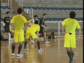 A seleção de futsal do Japão está treinando em Maringá - Na próxima semana começa o Grand Prix de Futsal na cidade