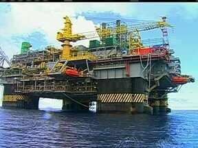 Início da produção do pré-sal vai demorar pelo menos cinco anos - A quantidade de petróleo da reserva é estimada entre 8 e 12 bilhões de barris. É quase o total do óleo que o Brasil produziu até hoje, de 15 bilhões de barris.