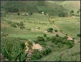Porciúncula e Varre-Sai, RJ, definem limites entre comunidades da região - Comunidades de Arataca e Jacutinga ficavam entre as divisas.As duas localidades forma incluídas ao município de Varre-Sai.
