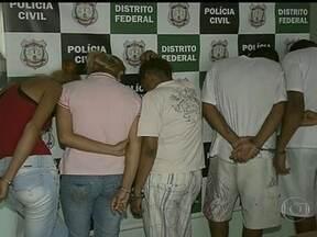 Quadrilhas de traficantes de drogas são desarticuladas em São Sebastião - Desde sábado (19), nove pessoas foram presas em São Sebastião por tráfico de drogas. Três quadrilhas foram desarticuladas. De acordo com a polícia, os traficantes compravam e vendiam a droga na cidade.