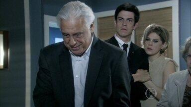 César promete cuidar de Pilar - Lutero examina a ex-mulher do amigo