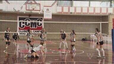 Vôlei feminino santista disputa medalha de bronze - Meninas competem nos Jogos Abertos do Interior, em Mogi das Cruzes.
