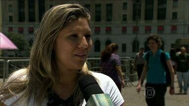 Pessoas nas ruas falam de seus medos - Traição e solidão foram os mais citados