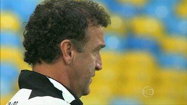 Cuca usa Brasileirão para montar time que vai disputar o Mundial de Clubes - A semana de treinos para o próximo jogo do Atlético-MG no Campeonato Brasileiro começa nesta terça-feira (29), na Cidade do Galo.