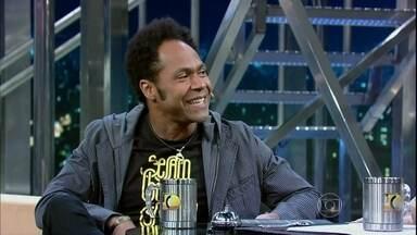 Thalles Roberto é um grande sucesso no cenário da música gospel - Antes de ser músico, o cantor trabalhou na vidraçaria do pai