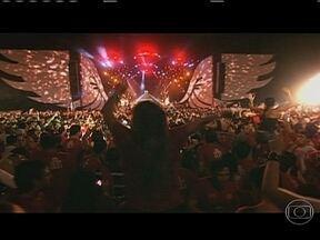 Confira a programação cultural para esta quinta (31) - Cidade Negra se apresenta no Bangu Atlético Clube. Encontro poético de Carlos Drummond de Andrade acontece na Gávea e a banda Asa de Águia se apresenta no Barra Music, nesta quinta (31).