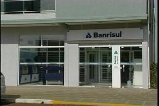 Gerente de um banco é assaltado em Santo Antonio do Planalto, RS - Segundo a Brigada Militar, os assaltantes não conseguiram levar o cofre.