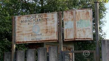 Moradores reclamam de abandono de parque em bairro de Belo Horizonte - As famílias querem que o parque seja revitalizado.