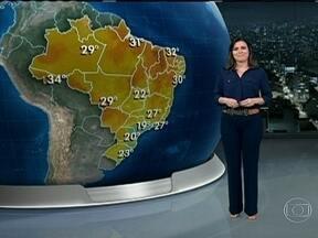 Previsão é de chuva em grande parte do Brasil nesta terça-feira (5) - São previstos temporais entre o Amazonas, Mato Grosso, o Triângulo MIneiro e o Norte de São Paulo. O céu deve ficar aberto em quase todo o Sul do Brasil.