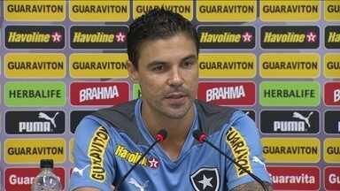 Um dos líderes do grupo, Bolívar reforça vontade de colocar Botafogo na Libertadores - Alvinegro enfrenta o Internacional pelo Brasileirão.