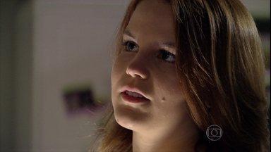 Malhação - Capítulo de quarta-feira, dia 06/11/2013, na íntegra - Serguei e Julia questionam se Anita ficará com Antônio