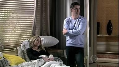 Amor à Vida - Capítulo de sábado, dia 09/11/2013, na íntegra - Amarilys e Eron pedem para Niko sair de casa