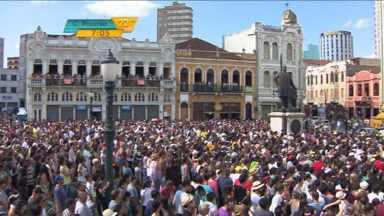 Corrente Cultural agita multidões em Curitiba no fim de semana - Estilos musicais variados fizeram a festa do público em shows para todas as idades.