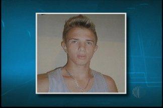 Polícia divulga prisão de terceiro suspeito de assassinato em Poá - A polícia de Itaquaquecetuba divulgou nesta segunda-feira (11) a prisão do terceiro suspeito de participar da morte do comissário de bordo, em Poá. Há ainda um quarto suspeito que está foragido.