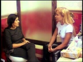 Reveja Regina Casé e Angélica no programa Muvuca - Episódio foi ao ar em 1998
