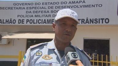 Batalhão de trânsito está reforçando a fiscalização nas ruas de Macapá - O BATALHÃO DE TRÂNSITO ESTÁ REFORÇADO A FISCALIZAÇÃO NAS RUAS DE MACAPÁ. E A COMBINAÇÃO ÀLCOOL E VOLANTE CONTINUA SENDO O PRINCIPAL ALVO NAS ABORDAGENS.