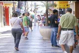 Lojas de Campos dos Goytacazes, RJ, abrem em horário especial neste feriado - Comércio vai funcionar até às 16h.