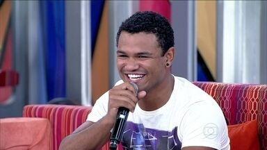 A família de Land Vieira também seguiu o sonho do filho - Os pais foram para o Rio de Janeiro para acompanhar o ator