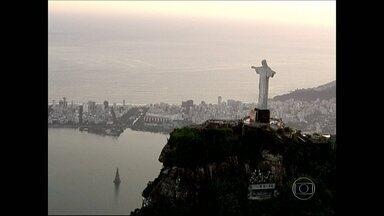 Começa contagem regressiva para o aniversário de 450 anos do Rio - Começou a contagem regressiva para o aniversário de 450 anos da cidade do Rio. A data será comemorada em 2015, mas os moradores e apaixonados pela cidade já podem participar da festa.