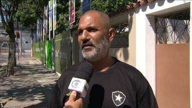 Botafogo se agarra na superstição para ir à Libertadores - Glorioso precisa derrotar o Criciúma e torcer por outros resultados para garantir a vaga.