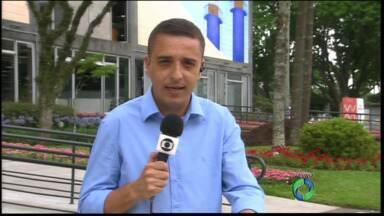 Prefeitura justifica ausência de representantes de Curitiba em evento pré-Copa - Cidade foi a única das sedes do Mundial a não enviar delegação para congresso de preparação para a competição