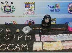 PM faz apreensão de drogas e prende suspeitos de tráfico em Pesqueira - Foram apreendidas 250 pedras de crack, uma pedra pesando 35g e dinheiro.